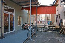 Hinterhof mit Fahrrädern